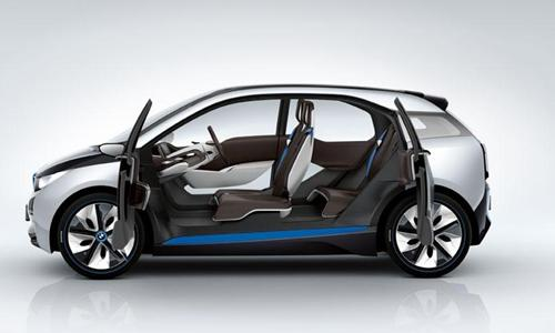 The Bmw I3 A Compact Electric Car Has Been Updated For 2017 Model Year With New Lithium Ion Battery Featuring 50 Percent Increased Capacity